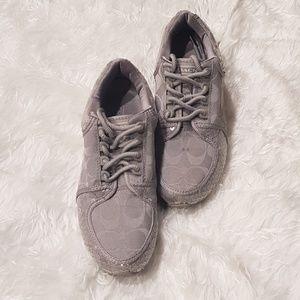 Coach Karine Gray/Silver Jacquard sneaker Size 6